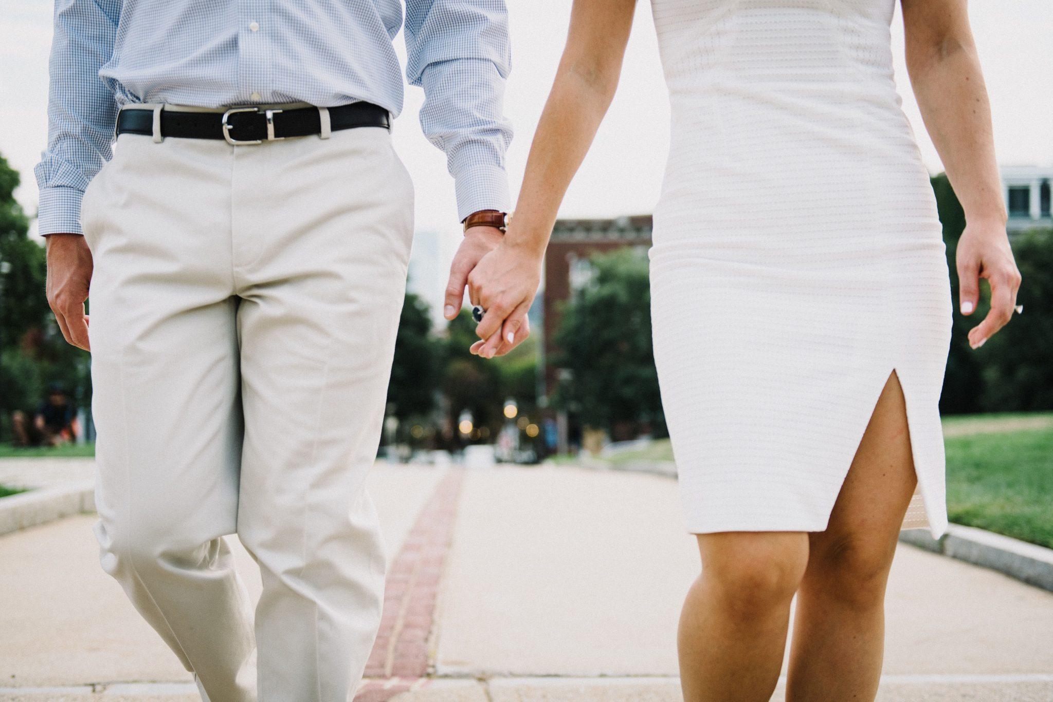 Romans prowadzi do rozwodu.