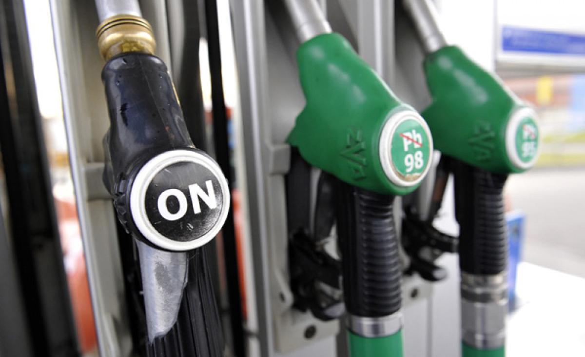 Afera paliwowa w Słupsku. Kierowcy PKS kradli paliwo i sprzedawali łódzkim taksówkarzom