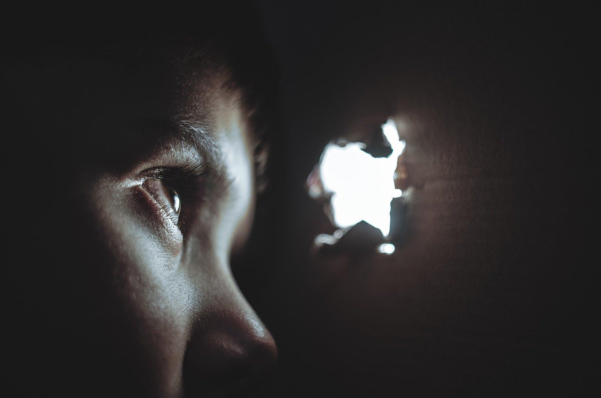 Molestowanie dzieci jest trudniejsze do wykrycia niż to wobec dorosłych.