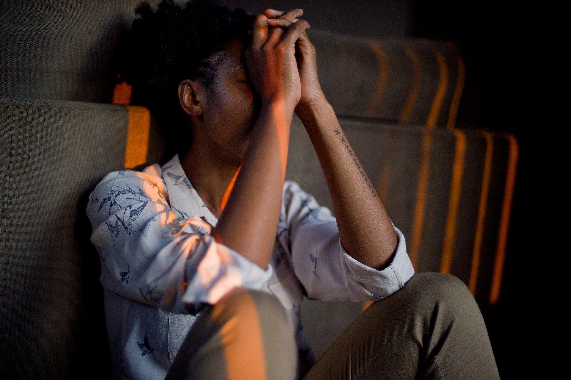 Szantaż emocjonalny w założeniu ma przynieść korzyść szantażyście.