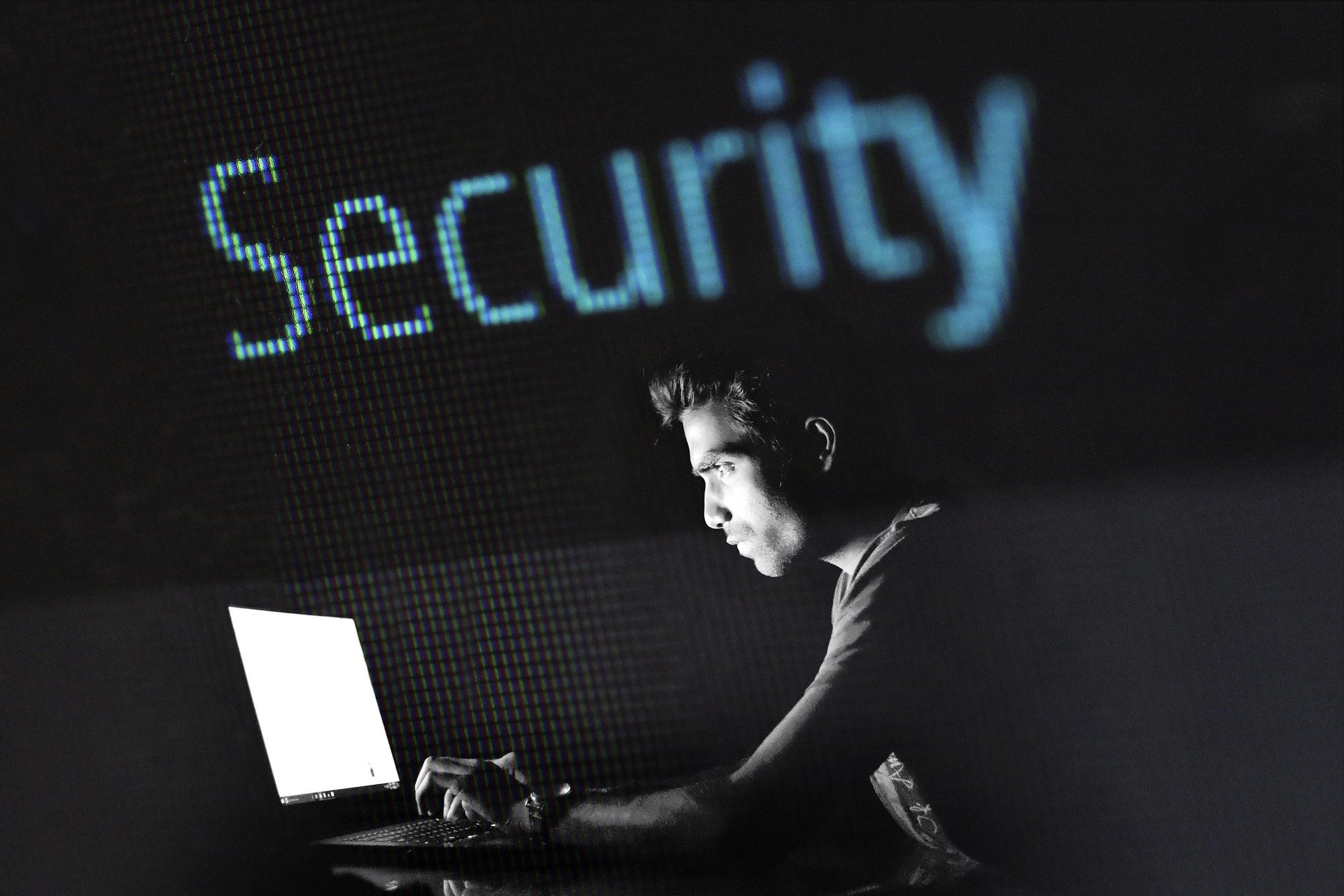 Phishing to popularna metoda oszustwa internetowego.