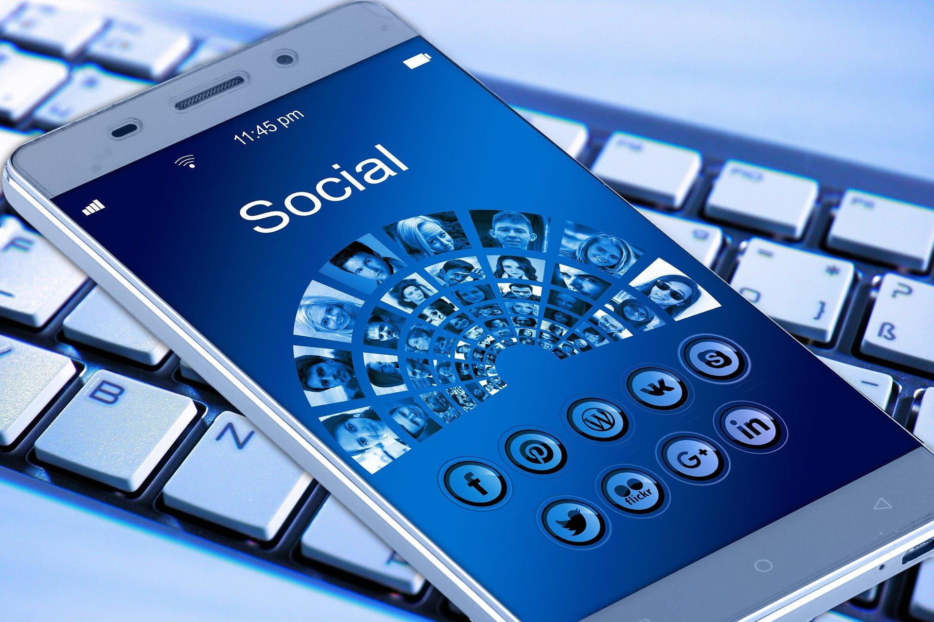 Kradzież tożsamości w Internecie staje się dużym problemem